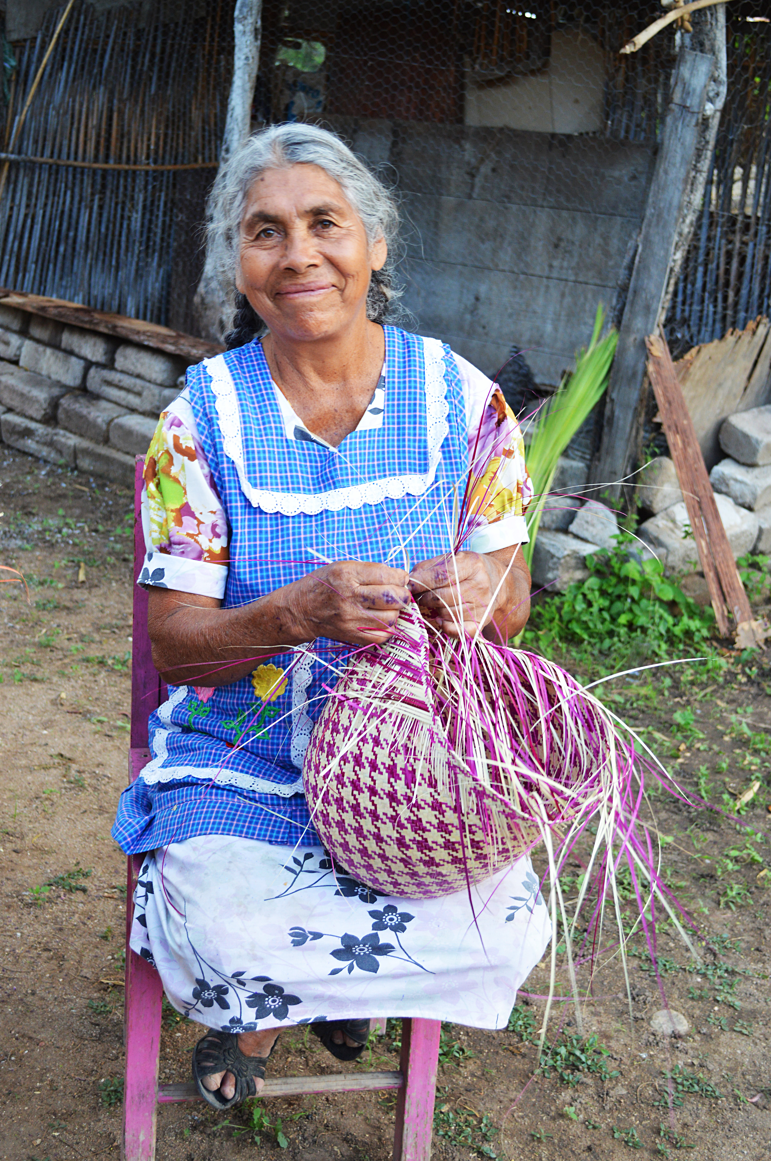 Basket Weaving Groups : Palm leaf baskets globein